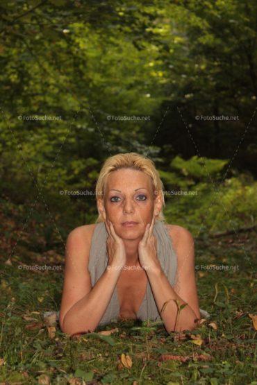 Fotosuche Erotik Wald