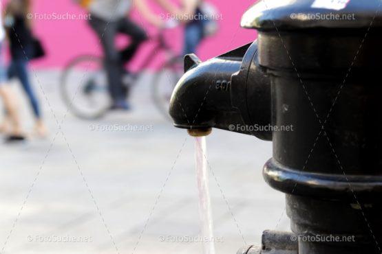 Wasserspender Stadt Retro Foto kaufen Fotoshop