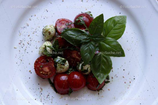 Tomaten Mozzarella Basilikum Foto kaufen Fotoshop