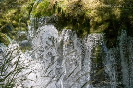 Foto Wasserfälle Natur Moos | Schönes Foto kaufen | Fotosuchen