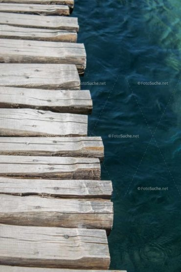 Foto Holzsteg Wasser Schönes | Schönes Foto kaufen |
